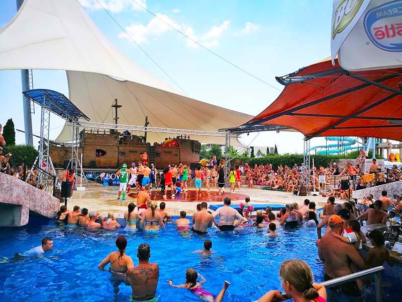 Шоу программы аквапарк Несебр