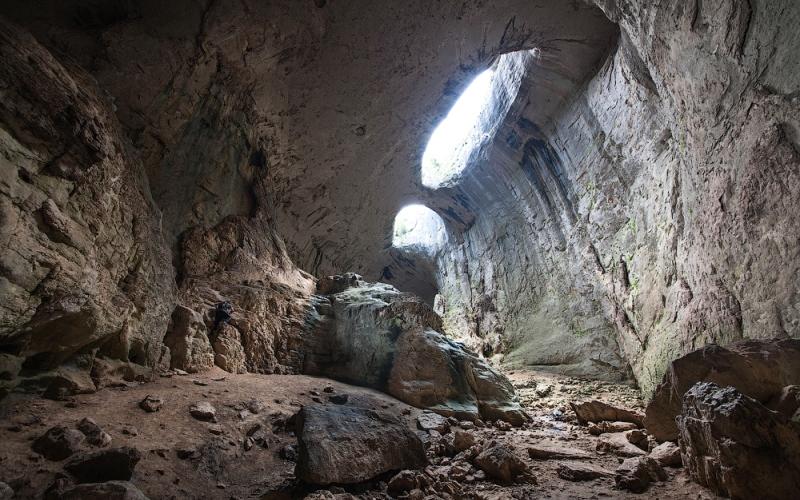 Пещера Проходна Болгария