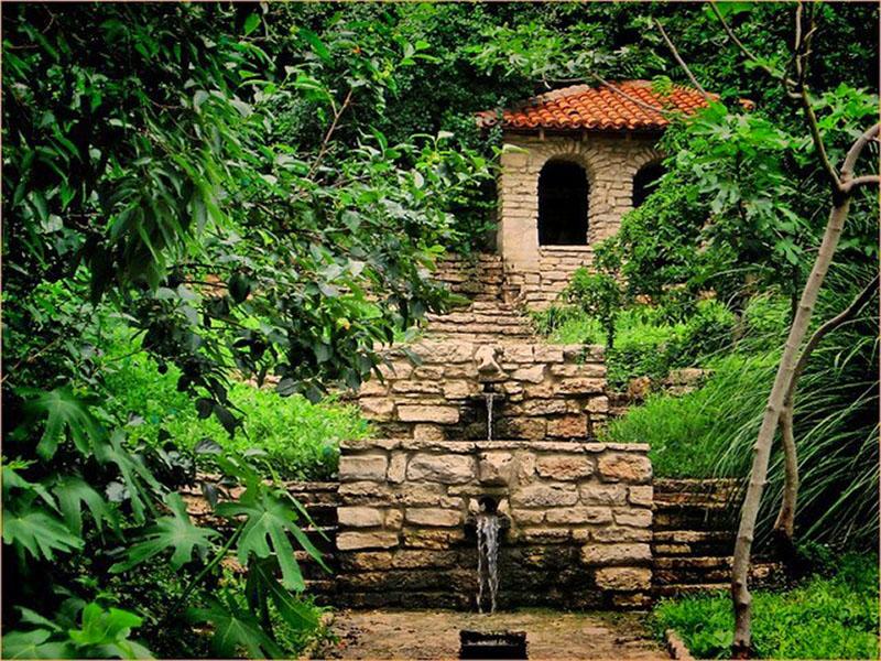 Балчик дворец. Ботанический сад Балчик