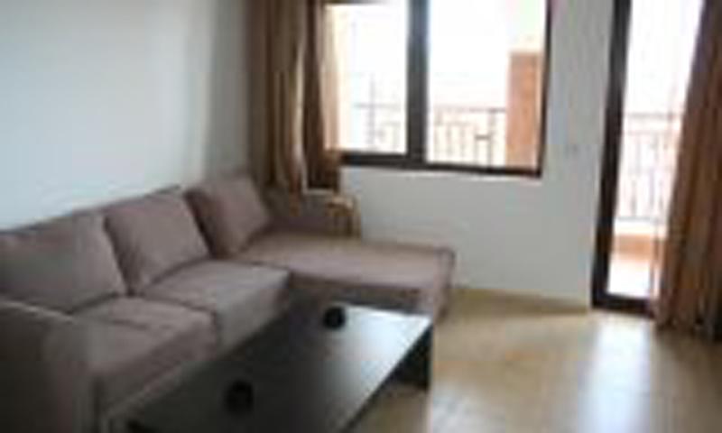 2 комнатный апрамент. Комплекс Етара 3