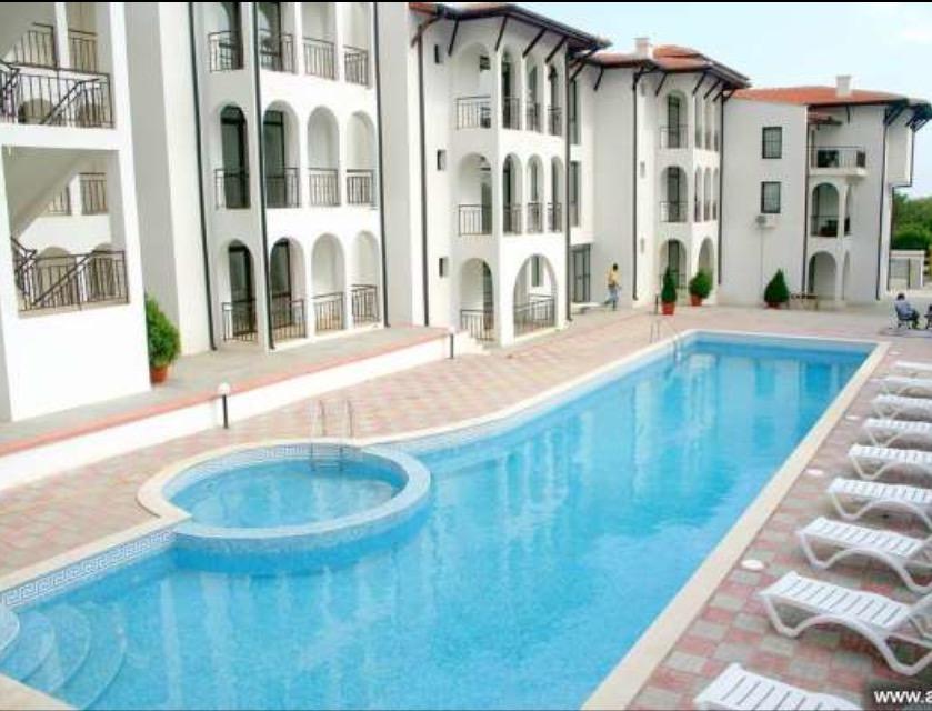 Продам отличную квартиру с одной спальней между Свети Влас и Солнечный